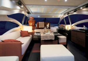 hire an azimut boat luxury malta