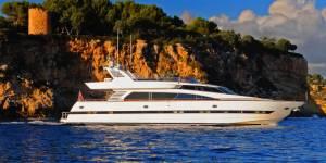 elegance charter in malta motor boat