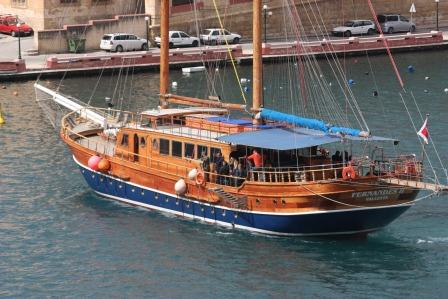 Party Boat for 245 persons