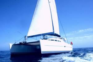 catamaran rent in malta lagoon 410