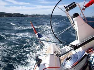 Sailing charter in malta Bavaria 42