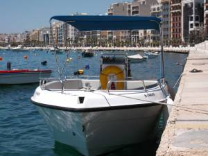 malta boating hire in malta speedboat