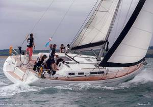 sail hire in malta with boat chartering dufour 455