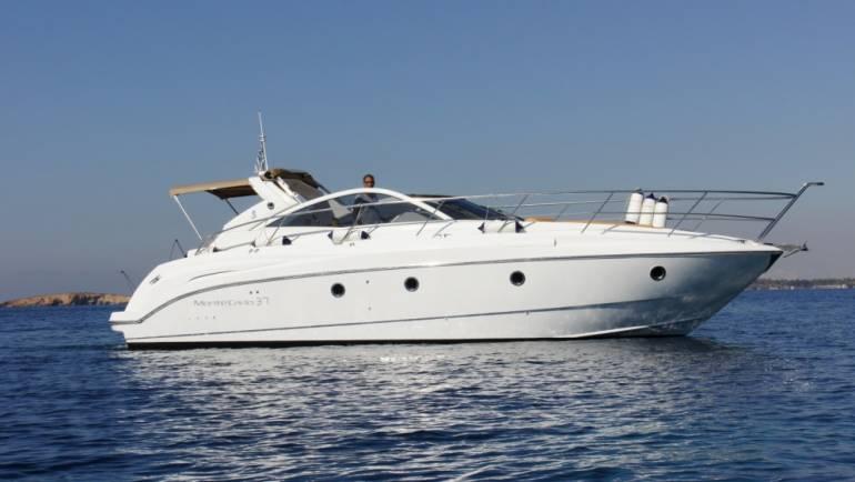 Monte Carlo 37 open boat
