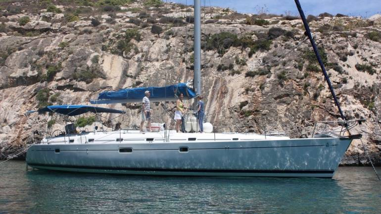 Sailing Beneteau 50