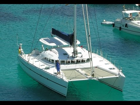 Catamaran Lagoon 570 for 40 persons
